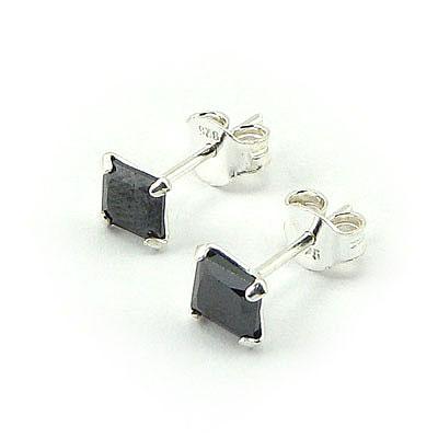 Cercei argint cu piatra de zirconiu negru/4 mm - CF1034